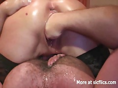 Fist fucking her squirting bucket vagina tubes