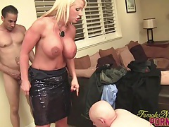 Amazon alura gives an ariel blowjob tubes