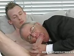 Chubby daddy gets fuck by young escort boy tubes