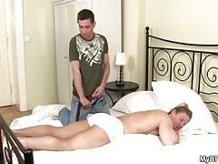 Muscular sleeping guy gets a blowjob tubes
