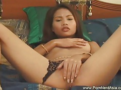 Fun with apple asian amateur tubes