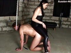 Tight leather on mistress abusing him tubes