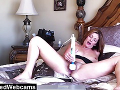 Hairy milf orgasming during webcam show tubes