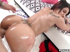 Oiled latina honey fucked by big shaft tubes