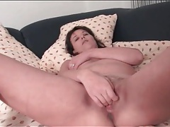 Trimmed pussy milf finger fucks solo tubes
