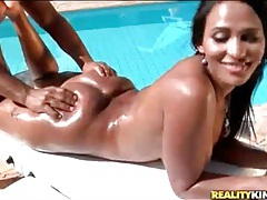 Curvy naked latina gets a massage outdoors tubes