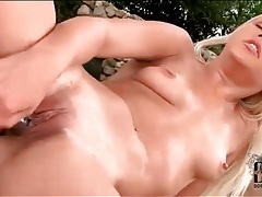 Blonde in cowboy boots fucks her pussy solo tubes