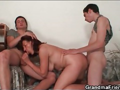 Slutty mature model fucked by two dicks tubes