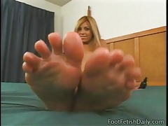 Allysin chaynes gives footjob to long dildo tubes