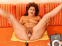 Naughty mature minx fucked by machine tubes