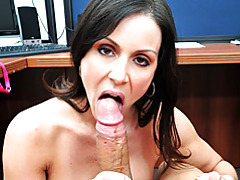 Pretty brunette milf kendra gives blowjob tubes