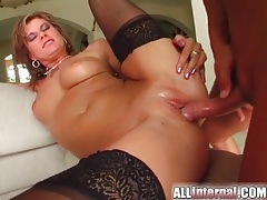 Threesome sex with big nut busted inside her tubes