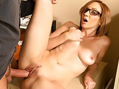 Big cock plows glasses girl tubes