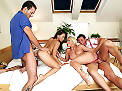 Hot girl group sex tubes