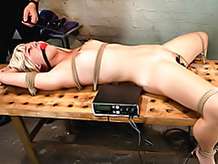 Electro shock for bondage girl tubes
