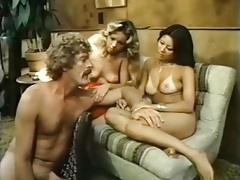 Vintage porn threesome with an asian babe tubes