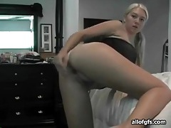 Solo blonde toys her pussy and ass tubes