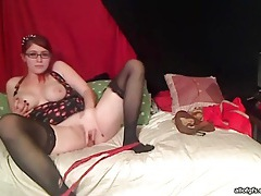 Redhead webcam babein stockings toys her pussy tubes