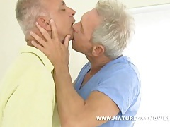 Two sexy silverdaddies barebacking in a hotel room tubes
