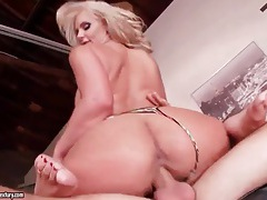 Phoenix marie footjob with a hot fuck tubes