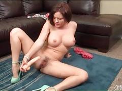 Brunette krissy lynn toy fucks her hairy cunt tubes