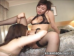 Hot asian babe has her first lesbo experience. tubes