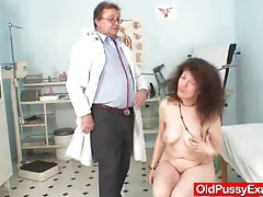 Unshaven pussy extreme karla visits a doc tubes