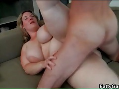 He grabs her fat and fucks her hot hole doggystyle tubes