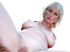 Mature blond gets shaved pussy ravaged tubes