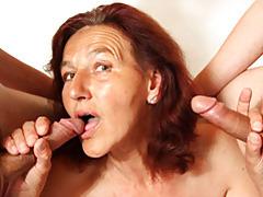 Handjobs from a hot mature tubes