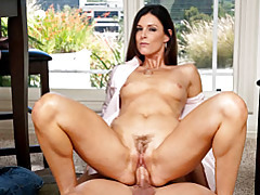 Elegant milf india smothers thick cock tubes