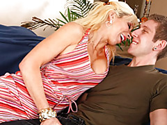 Milf seduces and blows tubes