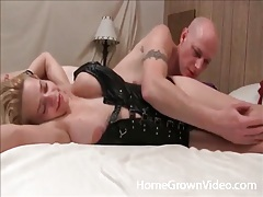 Amateur in black leather corset fucked hard tubes
