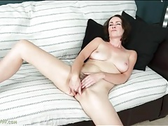 Solo veronica snow fingers hairy pussy tubes
