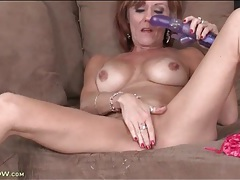 Mature hottie felicity rose toy fucks pussy tubes