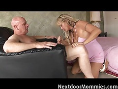 Chennin blanc is getting fucked on a bed tubes