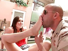 Military man sucks toes of a hot brunette tubes