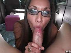 Girl in glasses sucks dick in the van tubes