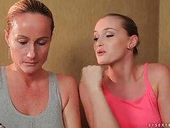 Erotic lesbian massage with a sexy rimjob tubes
