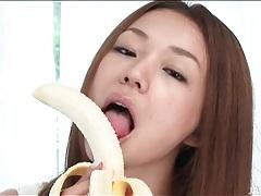 Beauty eats banana and sucks dildo lustily tubes