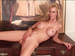 Tight body blonde milf has big fake tits tubes
