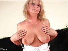 Mature blonde models saggy tits and sucks dick tubes