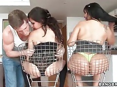 Girls sit their big asses in wire chairs tubes