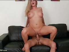 Cunt with curves likes a good hardcore pounding tubes