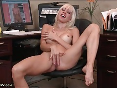 Slender solo mom masturbates pussy in office tubes