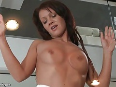 Gf seduces and blows her man in the gym tubes
