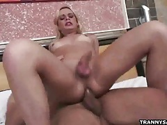 Shemale honey thais schiavo getting fucked anally tubes
