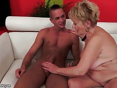 Slim young man fucks horny old grandma tubes