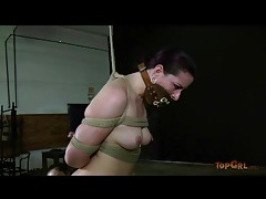 Caroline pierce caned on the ass and feet tubes