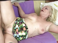 Young guy pounds mature blonde in stockings tubes